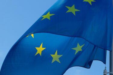 東欧諸国の挑戦 – 羽場久美子『拡大ヨーロッパの挑戦 増補版』(2014)